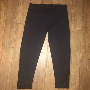 Fabletics ankle workout capris